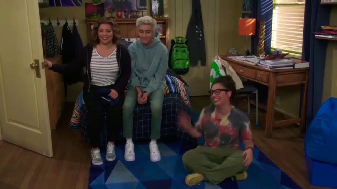 Download One Day At A Time - Season 4 (Bloopers/Alternate & Deleted Scenes)
