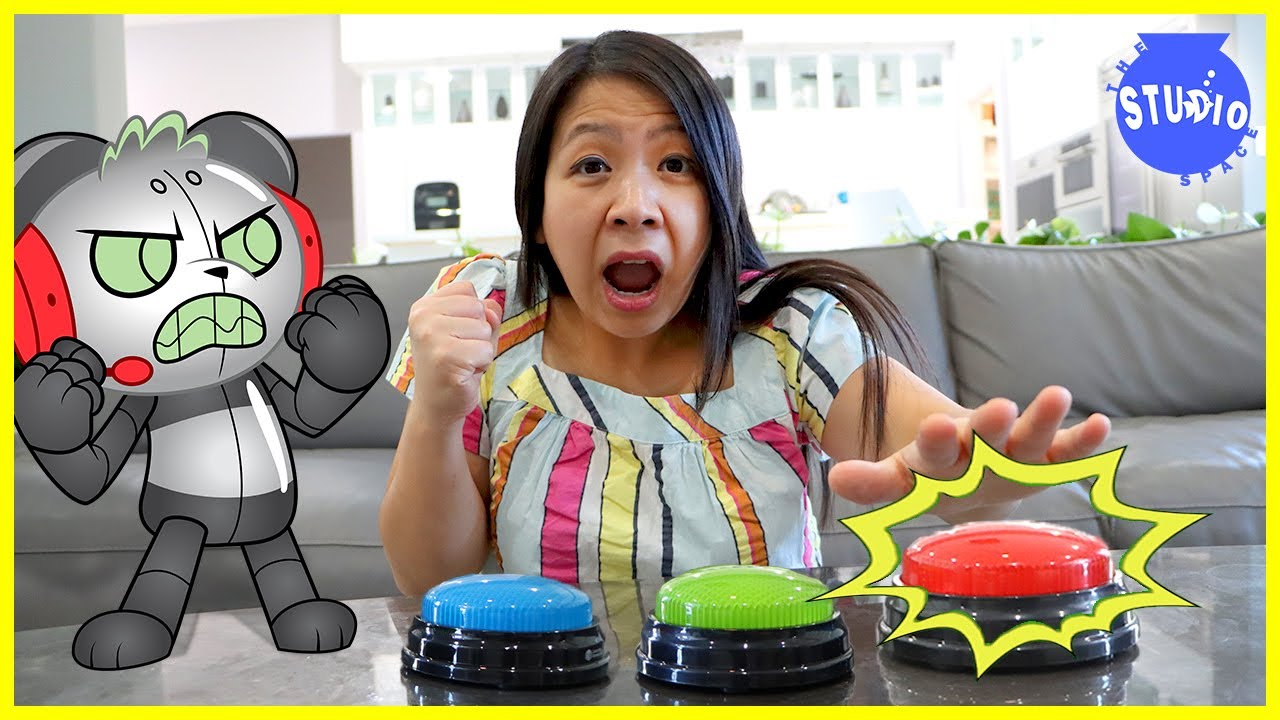 Robo Combo Pranking Ryan's Mommy DON'T PRESS THE WRONG BUTTON!