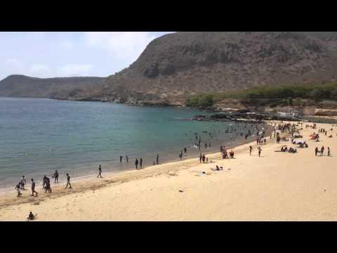 vista da esplanada do restaurante praia do tarrafal cabo verde