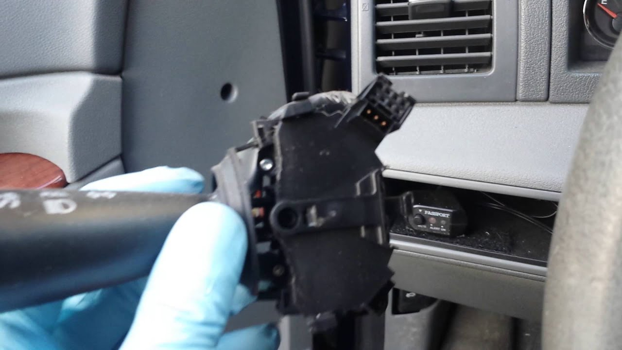 replacing a multi function switch mfs 2006 jeep grand cherokee wk  [ 1280 x 720 Pixel ]