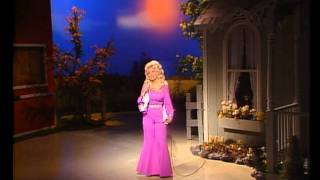 Dolly Parton - Jolene (1974).