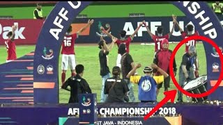 Sang Pelatih Timnas U16 komandoi Garuda Clap di Akhir Laga | Final AFF U16 Indonesia vs Thailand