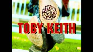 Watch Toby Keith Tryin To Matter video