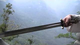 Wudang Sword - Tai Yi Daoist Form and Applications (YMAA) 武當劍