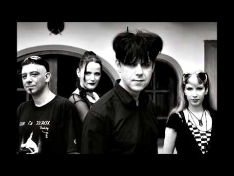 Clan Of Xymox... Blind Hearts