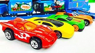 Autitos Hot Wheels para Niños - Colores Primarios - Carros de Carrera