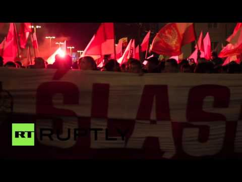 Poland: EU flag burned during Wroclaw Independence Day march