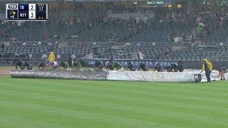 TB@NYY: Tarp comes on the field for a rain delay