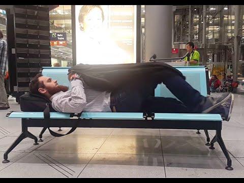 Как переночевать в аэропорту