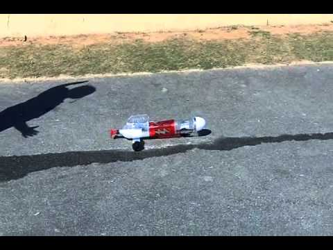Aniyah Shoots The Rocket Car Baking Soda And Vinegar Youtube