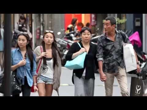 梁家輝牽老婆 雙胞胎女兒 超正遊台灣