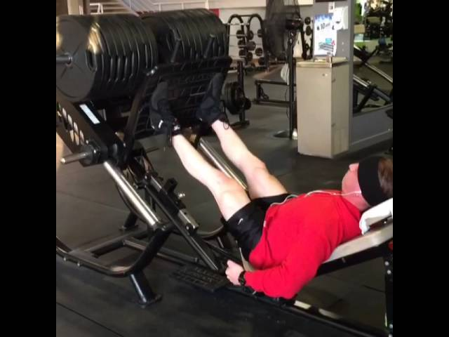 810 lbs on the Leg Press!