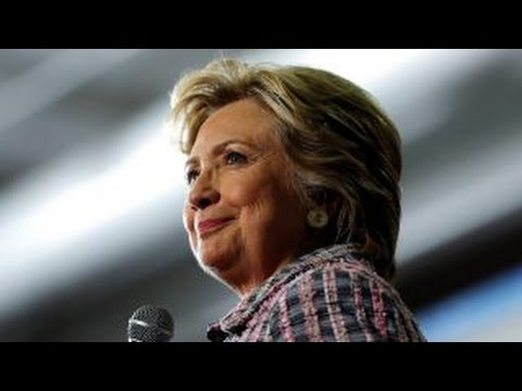 Mike Huckabee: Hillary Clinton is an elitist snob
