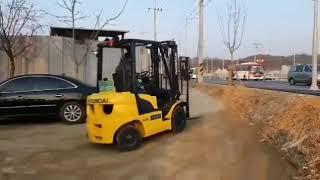현대포렉스2톤 디젤지게차 자동발