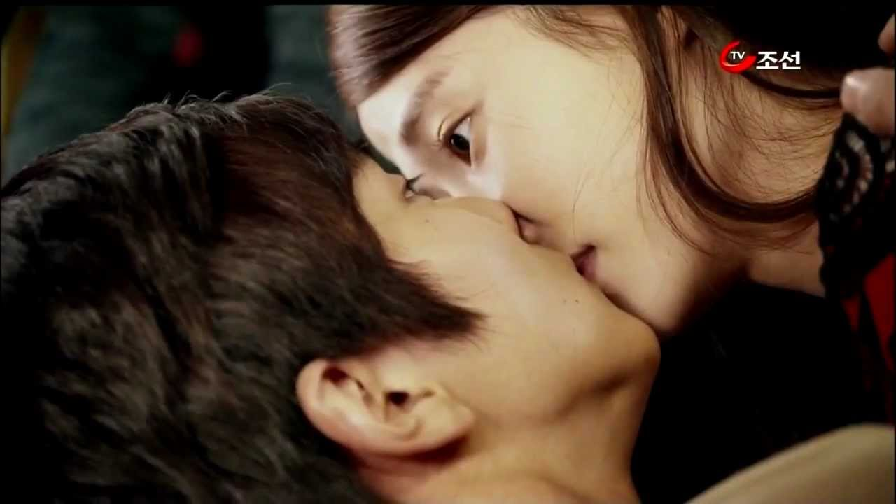 Operation Proposal  Hot Kiss Scene  Mouth 2 Mouth - Youtube-6619