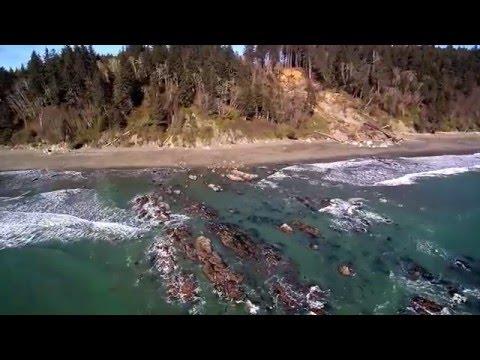 Flying around La Push, Washington (Drone)
