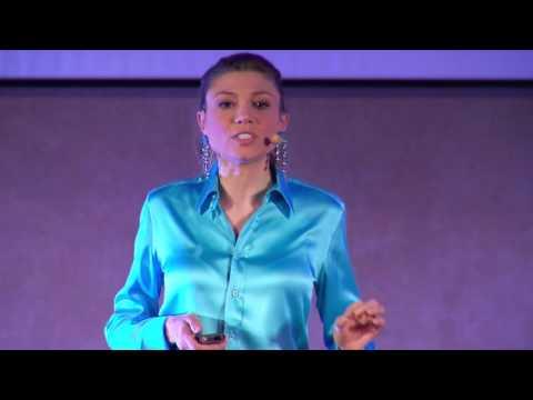 Nutrizione funzionale, il codice della vita | Sara Farnetti | TEDxLUISS