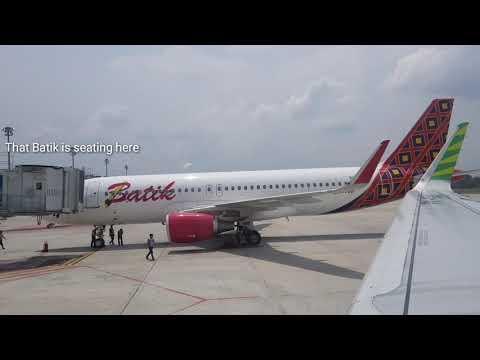 Take Off Pekanbaru Citilink QG933 - (mind the sound level low)
