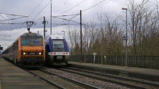 Bartenheim (France); Züge/trains