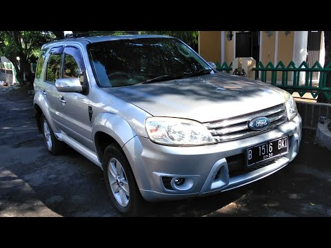 Ford Escape Limited A/T (2010) Test Drive & Review Indonesia