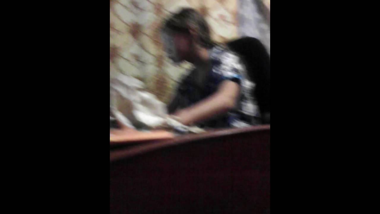 Одногруппница спалила свою подружку на горячем видео, смотреть порно бомжи пьяные