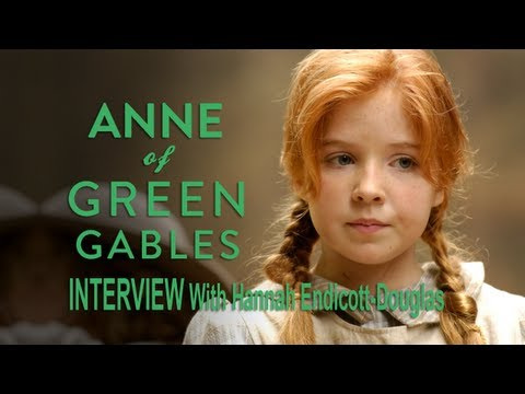 Hannah Endicott-Douglas as Anne Shirley