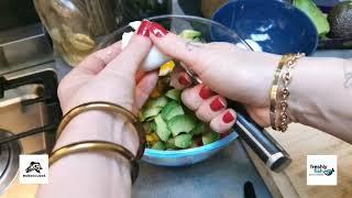 Scholfilet curry van Freshly fish met heerlijke salade | de Barracudas