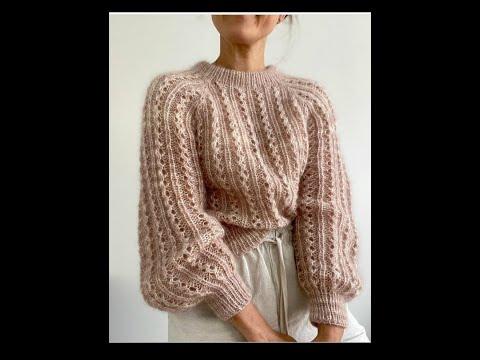 Вязаный ажурный женский свитер вязаный спицами