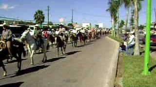 Desfile de la organisacion ganadera del Municipio De Rodeo Durango México. 28 de Noviembre del 2009
