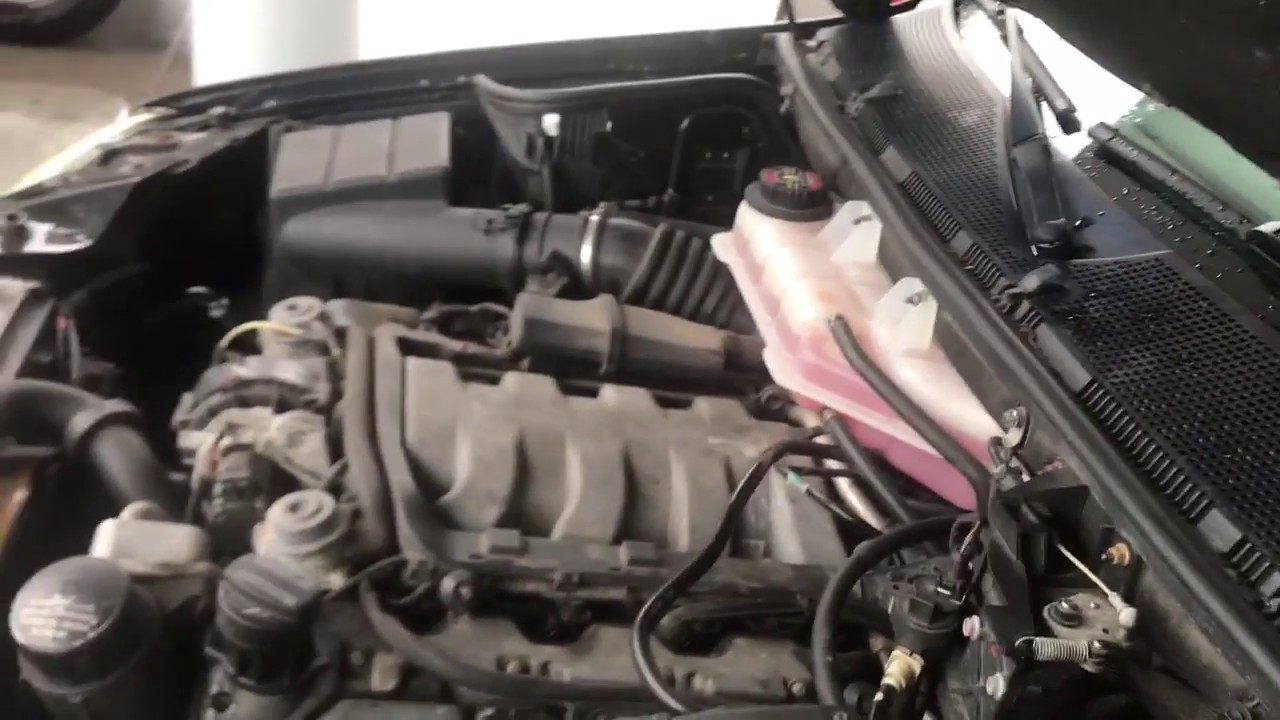 ML500 Mercedes W163 Huge vacuum leak rear of engine
