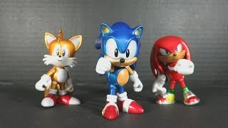 Sonic the Hedgehog 25th Anniversary Metallic Action Figure 3 Pack by Tomy video review