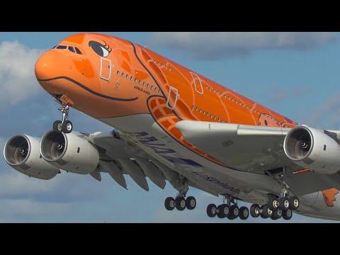 TOP 10 AVIATION MOMENTS of 2020 - AIRBUS A380, HARD LANDINGS, BIRDSTRIKE ... (4K)