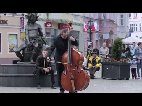 Edvard Grieg, Flash Mob, Peer Gynt,  Bachus Classic Orchestra, Beethoven Symphony 9 Ode to joy