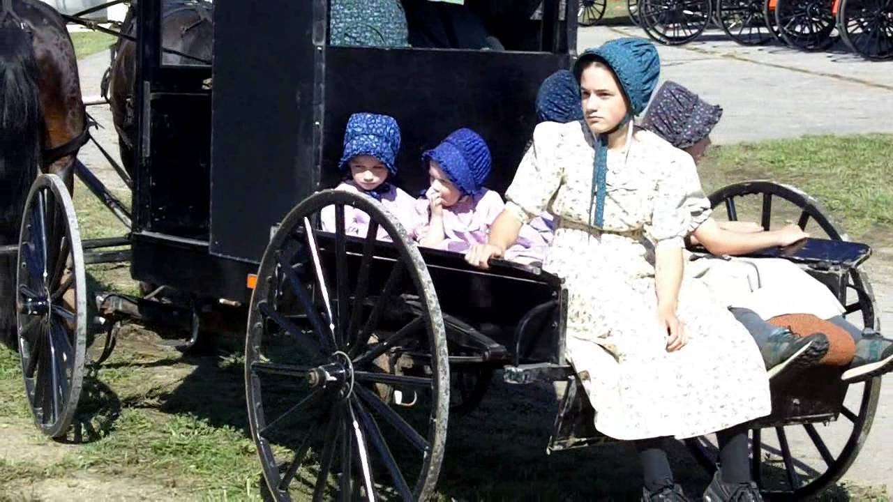 Differences Between the Mennonite and the Amish Religion