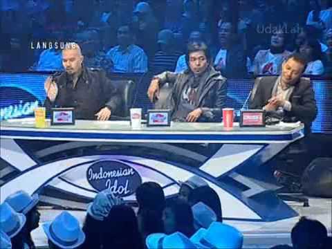 7.Indonesian Idol 2012 (Sean) - Firasat (o.a. Marcell) 18 May 2012.wmv