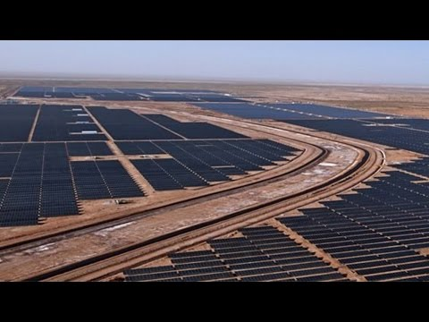 Top 10 Largest Solar Power Plants In The World || Pastimers