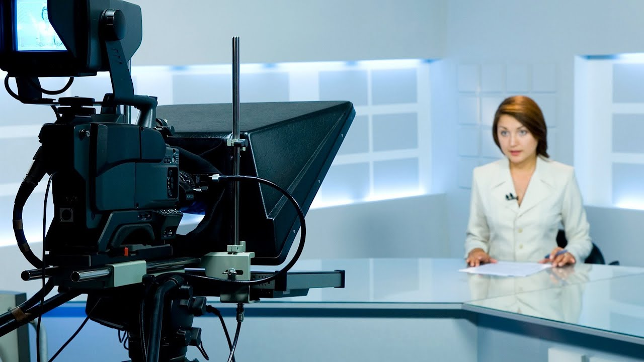 How to Use a Teleprompter | Public Speaking - YouTube