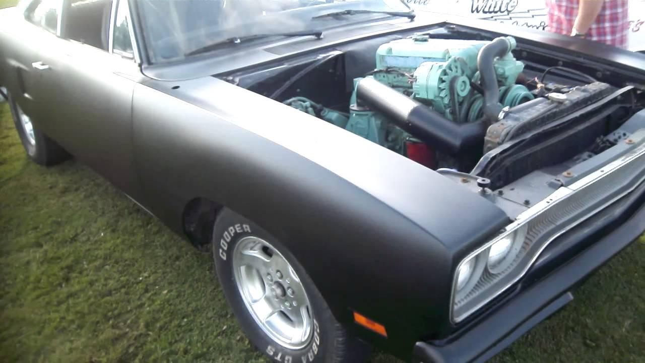 Detroit 353 powered 1970 Plymouth Roadrunner