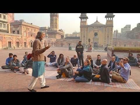 Learn about Islamic Architecture Design and Information about Wazir Khan Mosque Pakistan