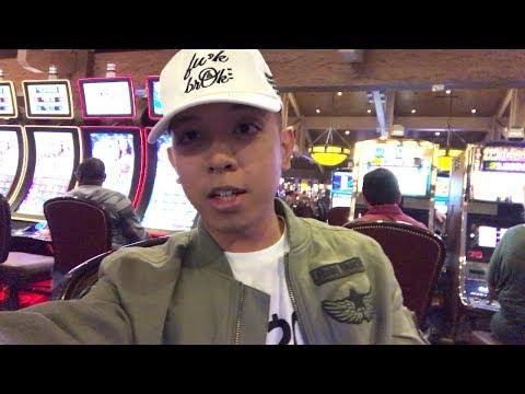 The Galleria, Houston Texas, Adventuring/Exploring, Gambling, & Westin Oaks Hotel! (Vlog #83)