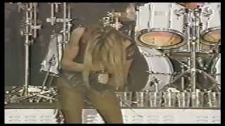 Skid Row - Slave to the Grind (Live at Wembley 1991)