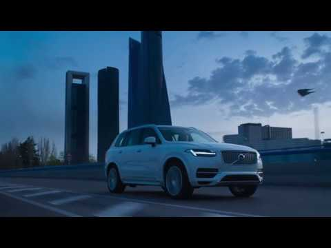 Volvo – Switch / Earth Hour
