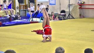 Повелительница ручного эквилибра, воспитанница ДЮСШ № 1 по спортивной гимнастике - Дарья Кукушкина