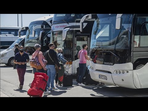 شاهد: اليونان تفرش السجاد الأحمر للسياح الأجانب العائدين…  - نشر قبل 2 ساعة