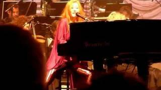 Tori Amos meets Metropole Orkest improv ivy & snow medley @ HMH Oct. 8, 2010 [improved audio]