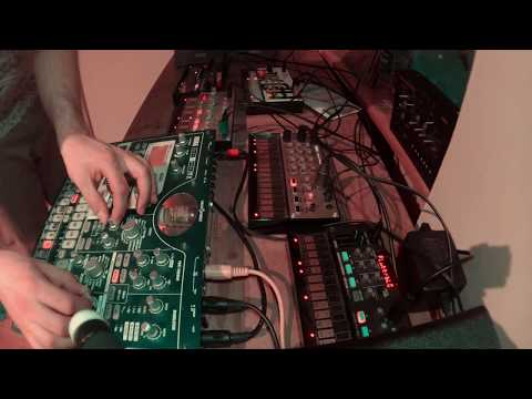 Waiting For Upload - Live Synth Jam (Volca, Beats, Bass, FM, Sample, MS2000, Electribe EMX)