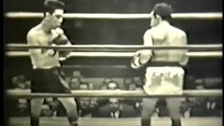 1952-11-19 Willie Pep vs Fabela Chavez