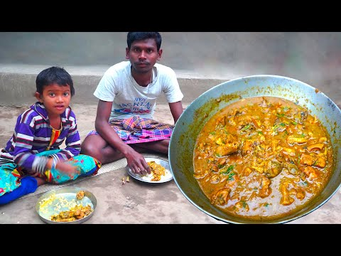 GOBI CHICKEN curry | He cook Cauliflower Chicken curry and eating with her daughter | Tribal Cooking