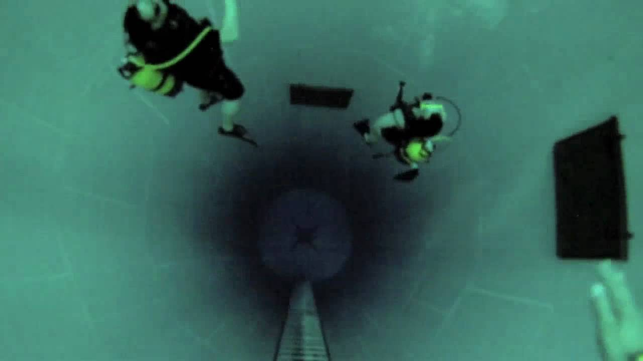Nemo 33 the worlds deepest indoor pool watch in hd youtube for Deepest indoor swimming pool in the world