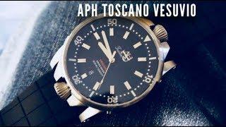 APH TOSCANO Vesuvio Diver Watch Review - Double Crowns!?